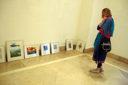 gallery hannah small