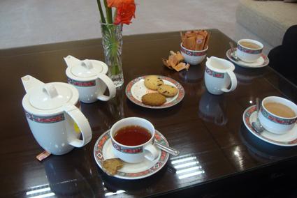 gallery tea small