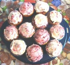 loganberry cupcakes small
