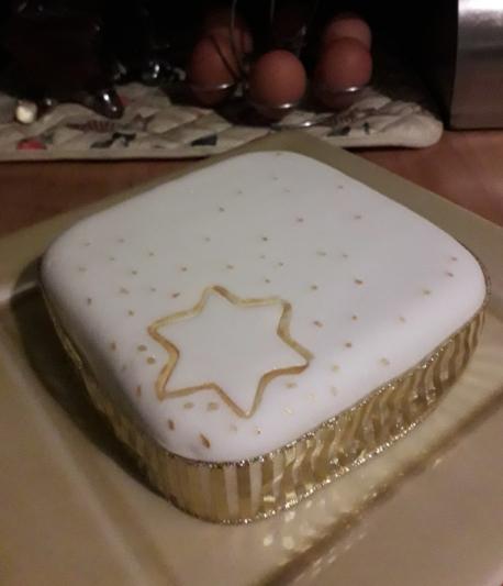 crimbo cake 2019 [2]